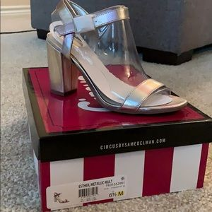 Sam Edelman Metallic Multicolor silver heel